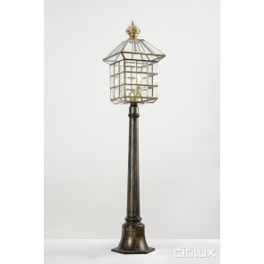 Beverly Hills Classic Outdoor Brass Made Post Light Elegant Range Citilux